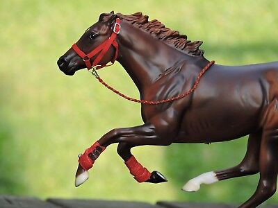 Nylon Style Halter & Boots Traditional sized Breyer Peter Stone W/Lead Rope