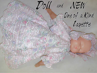 @//(^_^)\@   DOLL  +   NEW one of a kind outfit