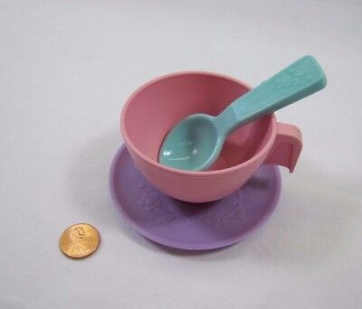 Vintage Fisher Price Fun with Food PINK TEA CUP PURPLE SAUCER PLATE w/ SPOON