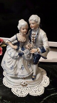 Vintage Victorian Porcelain Figurine Couple - Blue & White