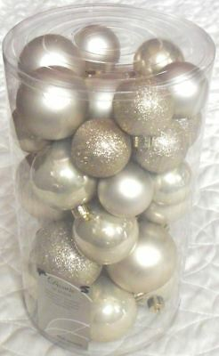Decoris 30 Luxury Shatterproof Christmas Baubles Tree Decorations - Pearl Gold