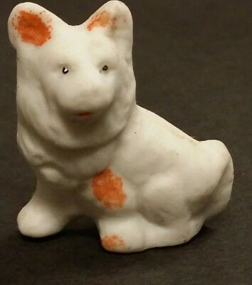 Dog figurine, bisque, very sweet, made in Japan, old carnival prize