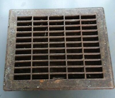 vtg medium rusty metal heat grate archtictural steampunk floor house vent cover