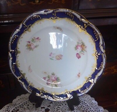 Vintage Blue Porcelain Ceramic Display Plate Floral Design Scallop Edge 23cm