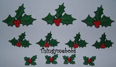 Christmas Holly//Berry Buttons Novelty 25x29MM Pack Of 6