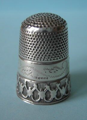 Pretty Solid Silver Thimble, Hallmarked Robert Carr, Sheffield, 2000