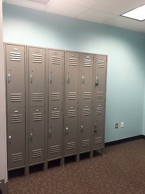Paramount 12x12x36 Double Tier 6-Locker Unit