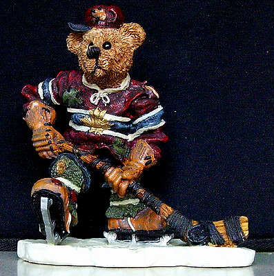 BOYDS BEARS & FRIENDS Puck...Slapshot Style 228305 Discount On Multible Buys!!