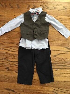 Nautica Boy 4 Piece Suit Size 24 Months Pants shirt vest bow tie