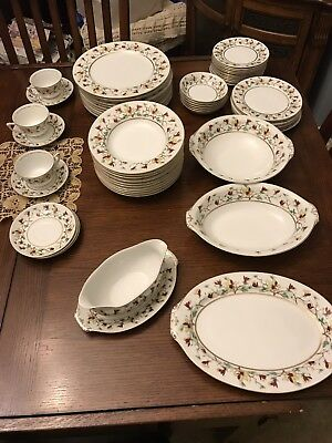 Narumi China Encanto 59 Pieces Dishes