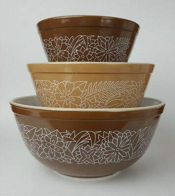 Pyrex Woodland Set of 3 Vintage Nesting Mixing Bowls Brown and Tan 80s Flowers