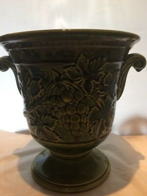 large holkham urn  / planter