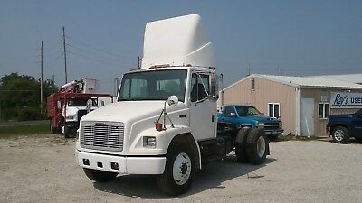 2003 Freightliner FL70 Single Axle Day Cab Truck Tractor