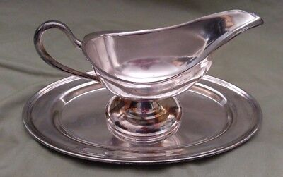 Antique Forbes Silver Co Sheffield Silver Plate Gravy Boat & Dish/plate