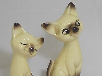 Adorable Vintage Japan Siamese Cat Salt And Pepper Shakers