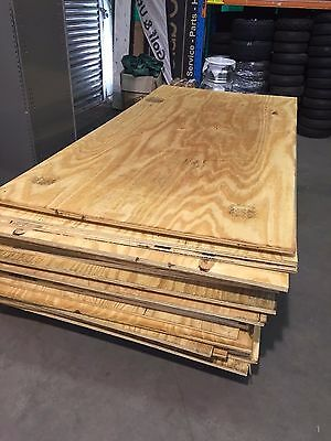 Ply Wood Plywood Timber 1200mm x 2400mm x 19mm REJECT PLY SHEET Board $30 each