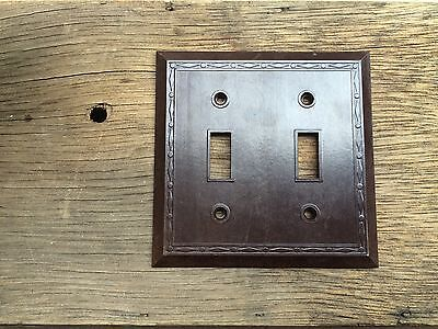 Vintage UNILINE BAKELITE Ribbed DOUBLE Wall Light Switch Plate Cover Lines--