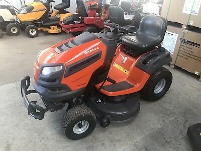 AS NEW Husqvarna YTH2246 Ride On Mower, Diff Lock, ONLY 20 HOURS USE $4699 New!
