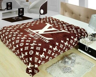 Stunning Logo LV VERSACE hot blankets for sale all seasons special gift her
