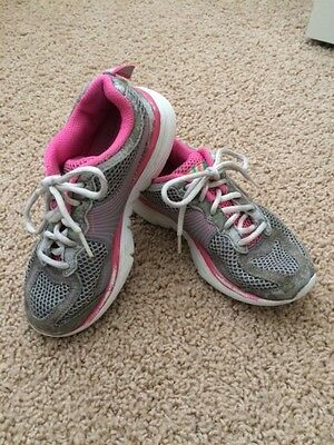 Girl's Skechers Athletic/Running Shoes - Size 13 - Gray/Pink/White