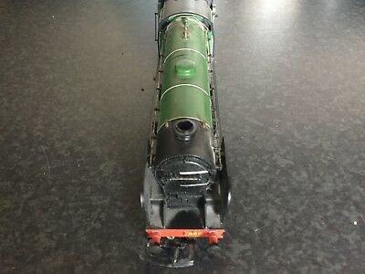 Hornby 4-4-0 Locomotive  And Tender For Model Railway
