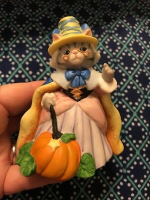 "Kitty Cucumber ~ Prunella w Pumpkin  ~ 4"" ~ 1990 ~ EUC ~ Schmid"