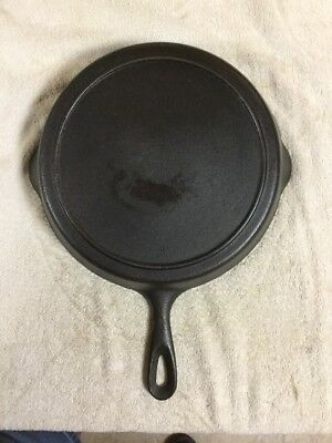 Vintage Antique CAST IRON SKILLET  #  8  WITH HEATED RING  UNMARKED