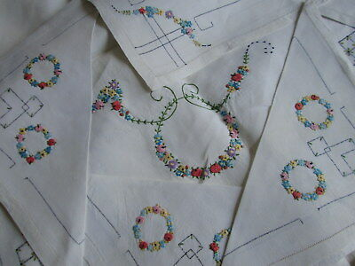 TABLECLOTH 8 NAPKINS Bullion Flower Garlands Hand Embroidered Linen Antique Vtg