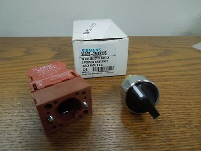 2- Siemens 3SB02-3MKBX25 22mm 3 Position Maintained Selector Switch Surplus