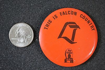 Roy Rogers Restaurant Falcon Country Vintage Pin Pinback Button #21122