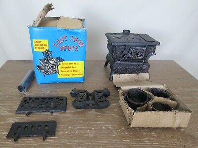 Vintage Early American Styling Cast Iron Stove Authentic Replica Mini Model