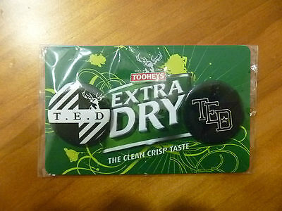 Tooheys Extra Dry..( T.e.d )..small Badge Set / Pack..2 Badges..beer..pub..*nos*