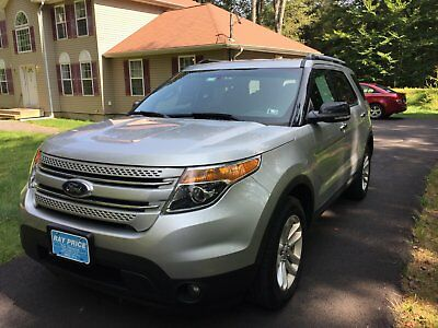 2015 Ford Explorer  2015 ford explorer xlt, LOADED, AWD, 6 CYL, SYNC, VOICE, LEATHER SEATS