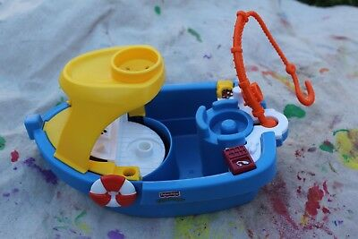 Fisher Price Little People Fishing Boat bath toy floaty boat