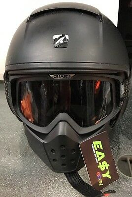 Shark Raw Motorbike Helmet / Black / 06-2015 / Size 56