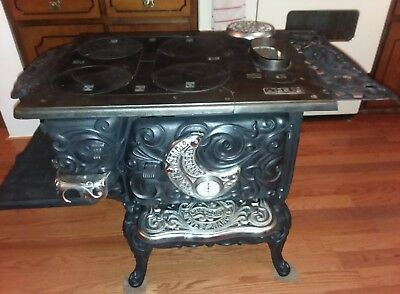 Antique Crescent Wood Burning Stove (For parts or display) very hard to find