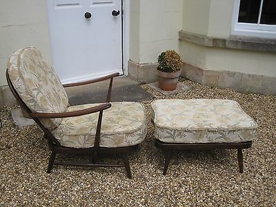Ercol Vintage Mid Century Fleur de Lys Armchair and Matching Footstool/Day Bed