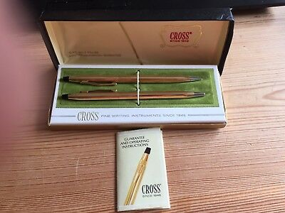 CROSS 1/10 12 ct ROLLED GOLD PEN & PENCIL SET IN ORIGINAL BOX WITH BOOKLET
