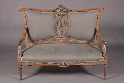 High Quality Elegante French Lounge Suite in the Louis XVI Style