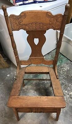Set of 6 oak pressed back CHAIRS