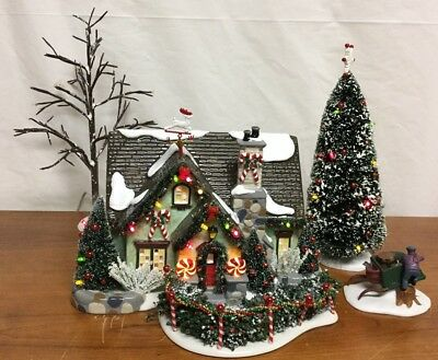 Department 56 Original Snow Village Christmas Lane Peppermint House
