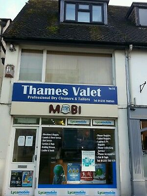 Mobile Phone Repair Shop Forsale with Accomodation