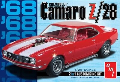 AMT 1968 Chevy Camaro Z/28 2 In 1 Plastic Model Kit 1/25