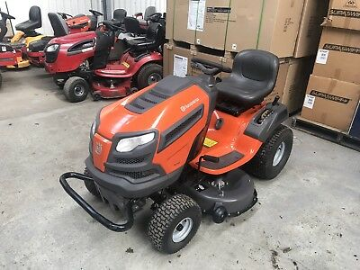 AS NEW Husqvarna TS242 Ride On Mower, Diff Lock, ONLY 8 HOURS USE $4399 New!