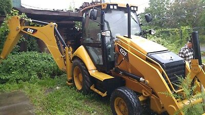 2013 caterpillar 422F backhoe, new, 0 time, never used