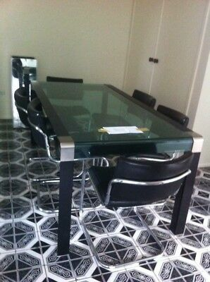 black glass dining table Plus 6 Chairs