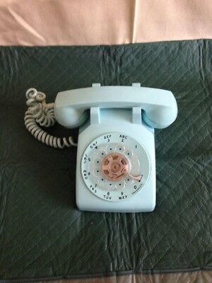 Vintage Bell Systems Rotary Phone In Rare Aqua Blue Color