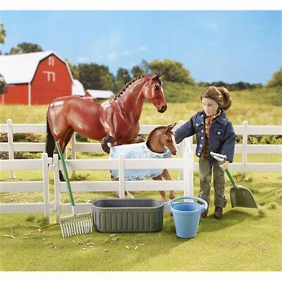 *Breyer New Arrival at the Barn Set