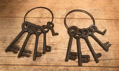 "Pair of Antique Style Cast Iron Set of 5 Jailer Keys On 4 1/2"" Ring 0170J-05110"