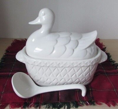 White Tureen Nesting Porcelain Duck with LADLE Soup, Gravy, Stuffing, Holidays